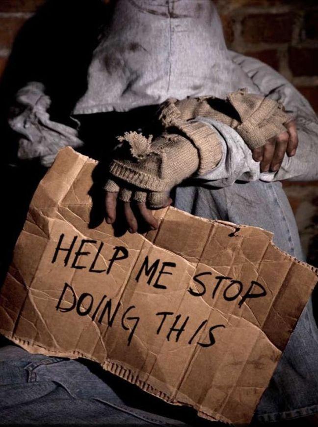 3cd1768e187ae8d5c1a1898d1a8ca4f5--homeless-people-homeless-woman